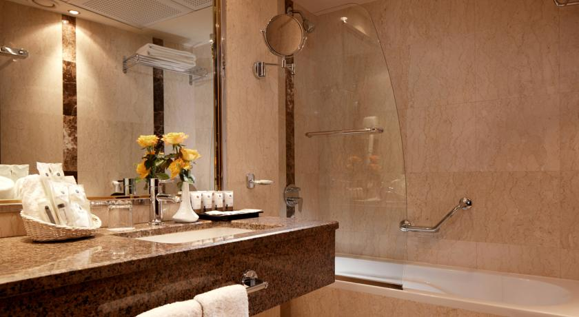 Frontel Al Harithia Hotel-5