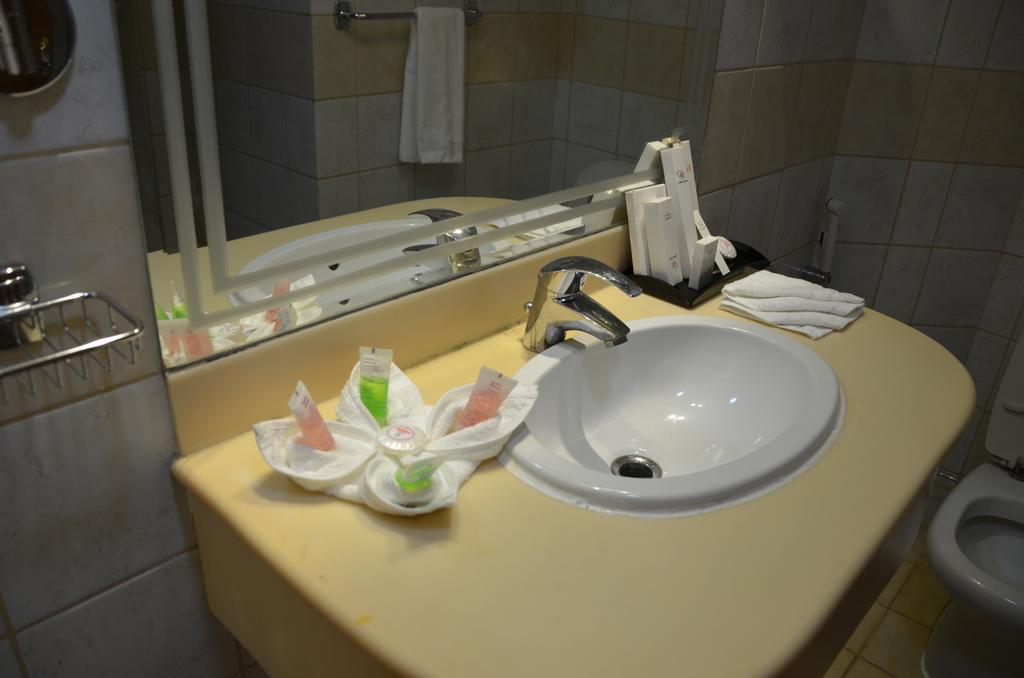 Odst Al Madinah Hotel-6
