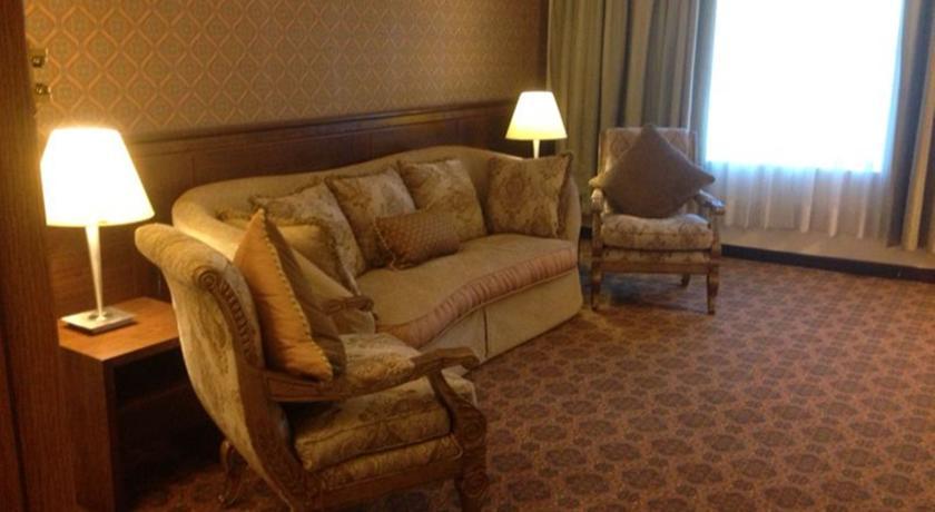 Nozol Royal Inn Hotel-5