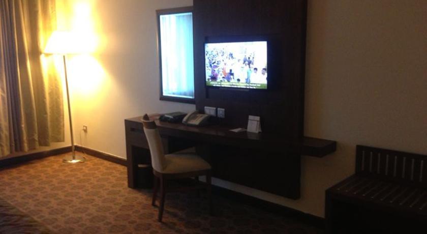 Nozol Royal Inn Hotel-6