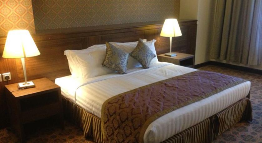 Nozol Royal Inn Hotel-7