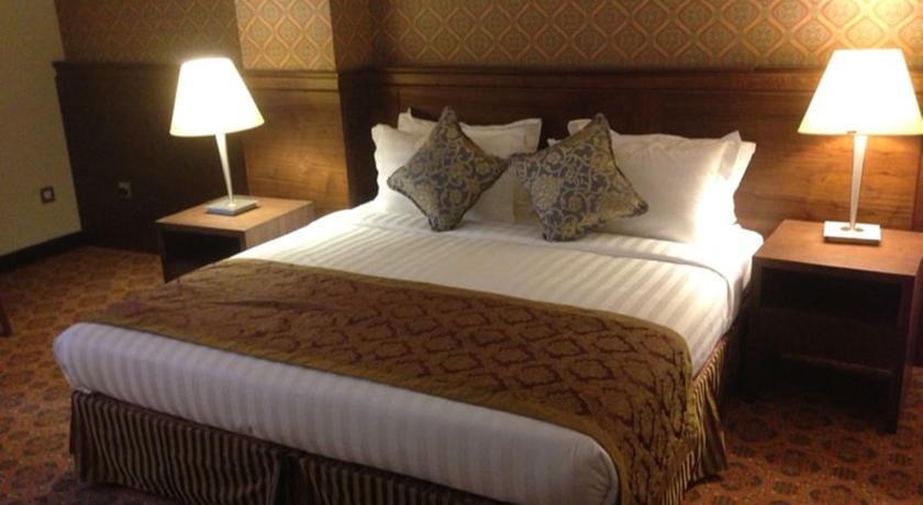 Nozol Royal Inn Hotel-8