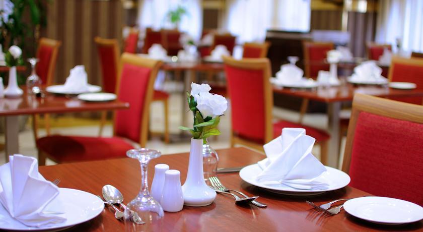 Zowar International Hotel-12
