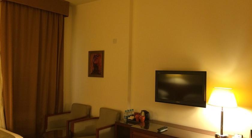 Makarem Umm Al Qura Hotel-1